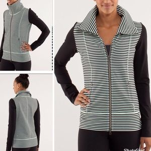 Lululemon Daily Yoga Jacket Classic Stripe Mint